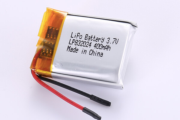 Hot Selling LiPo Batteries LP832024 3.7V 400mAh with 1.48Wh